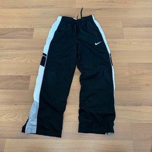 Size M Nike Boys Athletic Pants